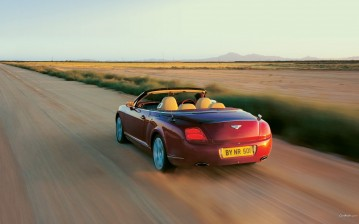Красный Bentley Continental GTC обои