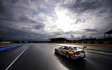 BMW Art Car из гонки Le Mans 24 часа обои