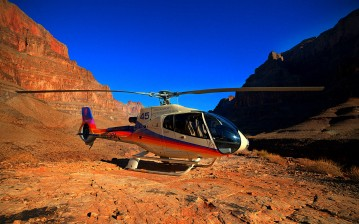 Helicopter, in, Grand, Canyon обои